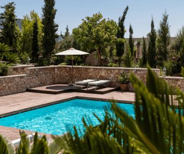 piscine maison provence