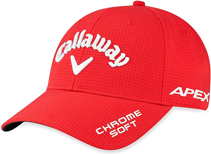 casquette rouge de golf